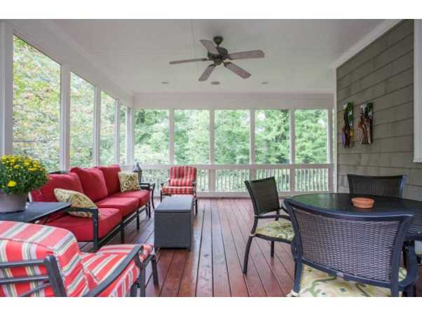 Haven Oaks screened porch