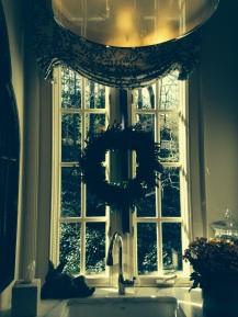 wreath kitchen