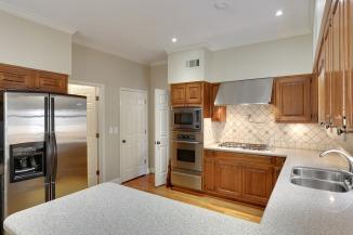 rvv-kitchen-fridge