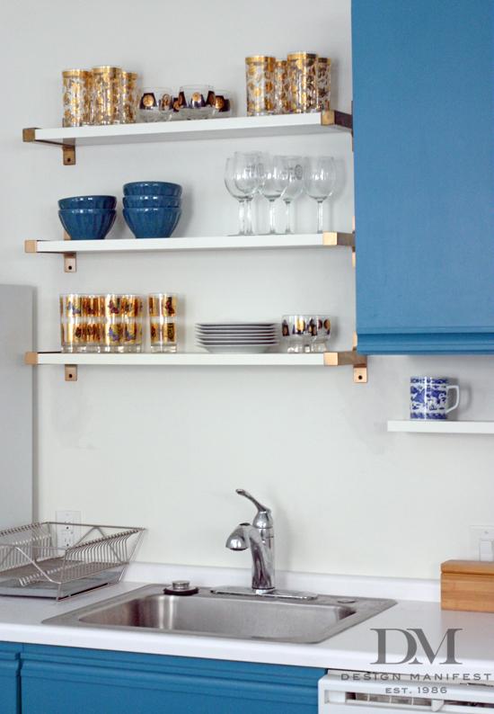 kitchen-shelves-glassware-brass-1